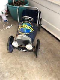 Antique pedal car - working condition Woodbridge, 22191