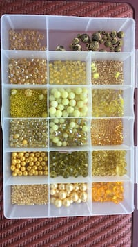 Gold-colored assorted beads Union Bridge, 21791