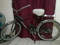 black and white cruiser bicycle McAllen, 78501