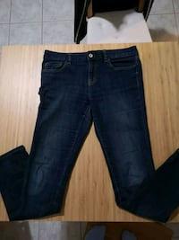 women's blue denim jeans Vancouver, V5R 4N1
