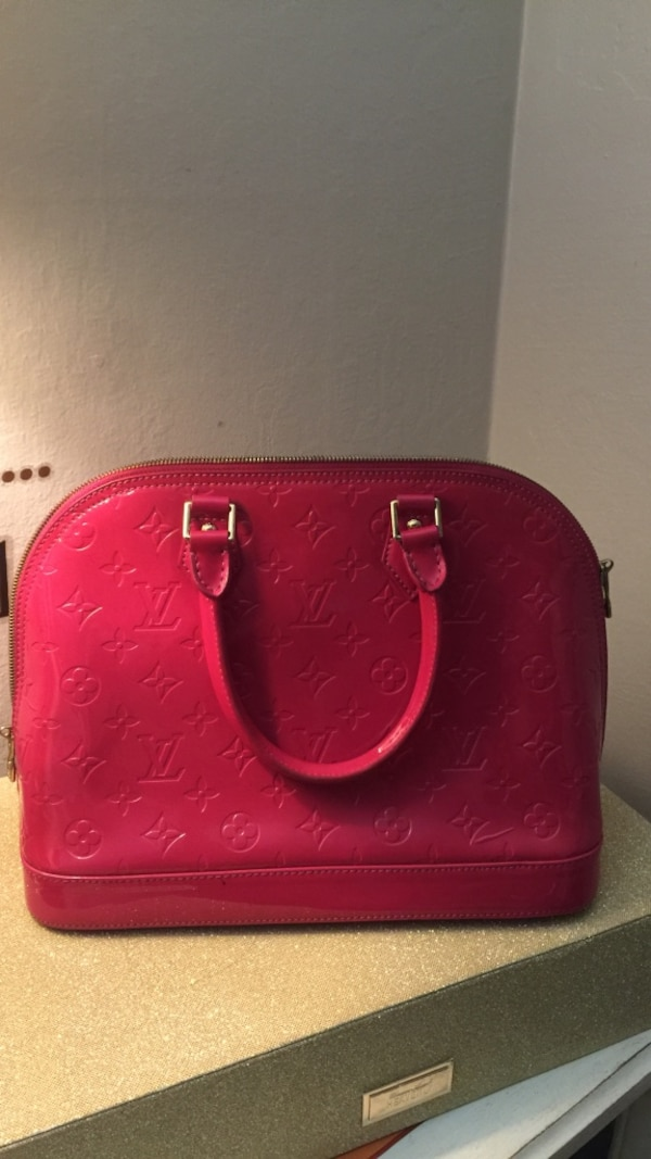 69f2af78e69d Used red leather Louis Vuitton handbag for sale in Redwood City - letgo