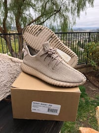Oxford tan yeezy boost 350 v2 shoes with box Santa Clarita, 91390