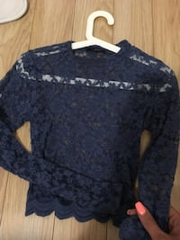 Lace top size small blue lace top . Excellent condition  Vancouver, V5N
