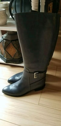 Never worn nine west boots