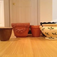 Garden pot selection - medium and small sizes Newmarket, L3X 0C5