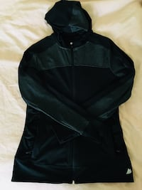 Black and gray workout jacket medium  Bakersfield, 93306