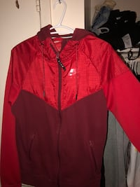 Red Nike windbreaker Toronto, M3N 2P9