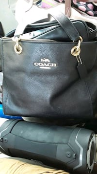 coach purse  Norman, 73069