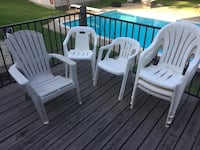 Set of 6 white patio chairs Bedford, 76022