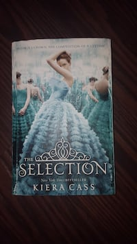 The Selection by Kiera Cass book