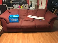 Couch Dobson, 27017