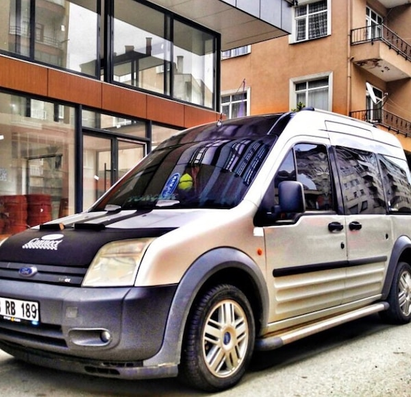 Rb Car Company >> Used Ford Tourneo Connect 2008 Takas Olur For Sale In Gorele Letgo