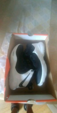 New Nike shoes 11
