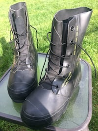 Black Mickey Mouse boot/bunny boot Anchorage, 99518
