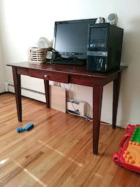 Office table. 29x26x48  HxLxW Chicago, 60657