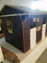 Wood Barn toy House