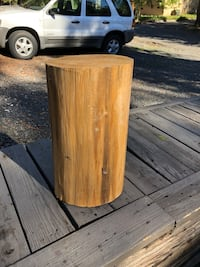Wood stump stool or side table —>ONLY $40, compare to $196 online see picture (rustic log cabin look)!! San Carlos