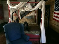 Full size canopy bed Saint Albans, 25177