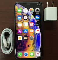 64Gb Silver iPhone Xs - AT&T ONLY!!! New York, 10001