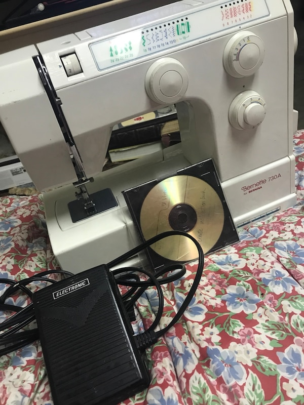 Used Bernina Bernette 40a Sewing Machine For Sale In Chicago Letgo Cool Bernette 730 Sewing Machine Reviews