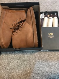 New Men's 12 UGGs with Cleaning Kit Denver, 80203