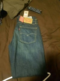 New Levi's Stratus 514 read tabs Windsor