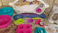 Easy Bake Oven and accessories Lakewood, 90712