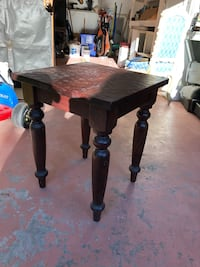 Solid wood end table Warwick, 02886