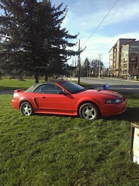 Ford - Mustang - 2001 Langley, V2Y 1X6