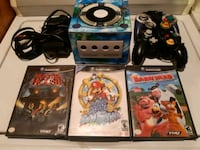 Nintendo Game Cube&2 controllers and 3 games Pointe-Claire, H9R 3H8