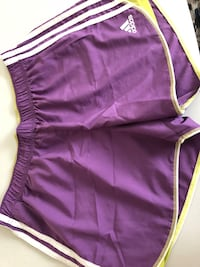 purple and white Nike shorts Rome, 30161
