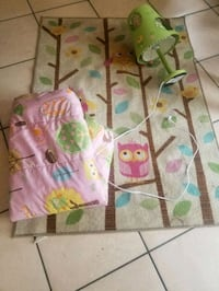 Owl carpet/lamp/toddler bed cover Moreno Valley, 92557