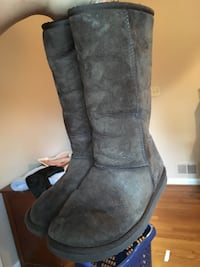 Uggs Tall Warm Winter Boots Shoes Arlington, 22205