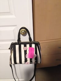 Betsey Johnson Purse Vaughan, L4J 8S4