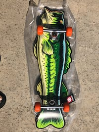 Collectors Element Bass Fishing and Frog Lure Skateboard 2231 mi