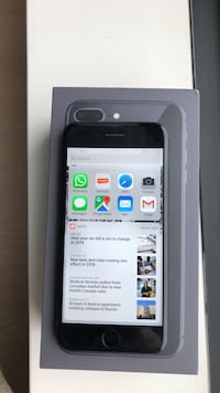 Space gray iphone 7 128GB unlocked, no contract