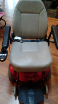 Pride Jazzy Select GT Power Chair. Slighly Used. De Soto