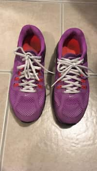b65ade4915f Used pair of grey-purple-black Nike Kevin Durant basketball shoes on ...
