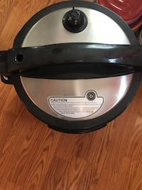 Large pressure cooker only used twice . Very clean  Baltimore, 21222
