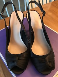 Black shoes size 7
