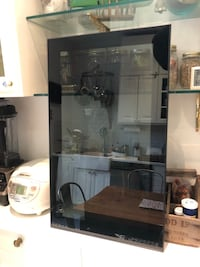Jutis - glass door cabinet