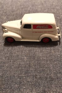 LLEDO collectible Coca Cola delivery truck  Martinsburg, 25403