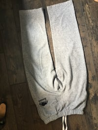 Roots sweat pants  Mississauga, L5G 3X9