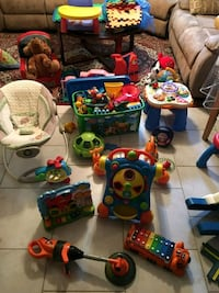 toddler's assorted toys Chambly, J3L 5S5