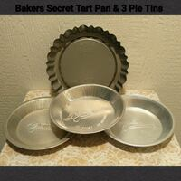 BAKERS SECRET TART PAN & 3 PIE TINS  Ontario, 91762
