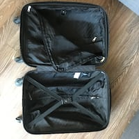 Carry-on Suitcase - Valise Montreal