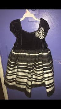Black and white stripe sleeveless dress Los Angeles, 91402