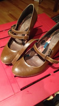 Zara pair of brown high heal leather sandals