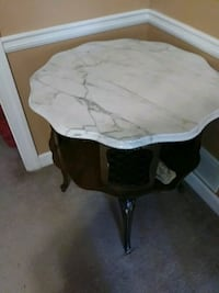 Marble top antique end table Stone Mountain, 30087