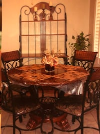 Dinette combo for sale ! Offers accepted.  El Paso, 79915